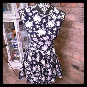 😀Buy 1 dress get 1 free when you bundle them!